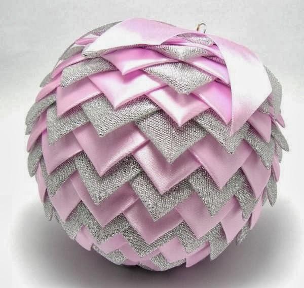 Relas palle per l 39 albero di natale fai da te palla - Nastri decorativi per albero di natale ...