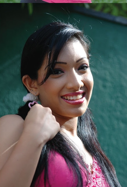 Nehara Peries Hot Photo
