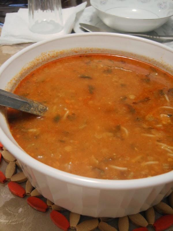 Algerian soup with lentils chicken and vegetables for Algerien cuisine