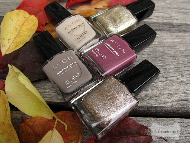 Avon Modern Romance nail polish, Avon Molten Metal köröm
