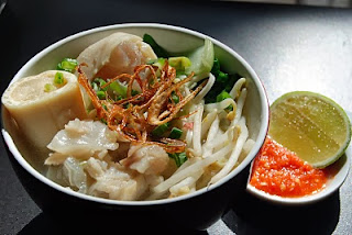 Mie Kocok Makanan Khas Bandung