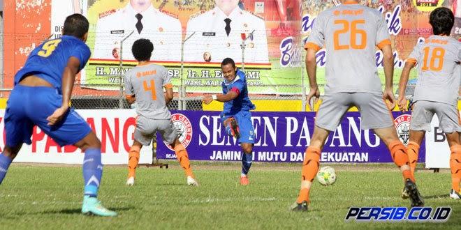 Persib vs Borneo FC 3-0 - Piala Wali Kota Padang 2015