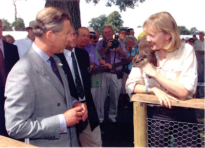 HRH the Prince of Wales meeting author Sophie Neville, 28th July 2001