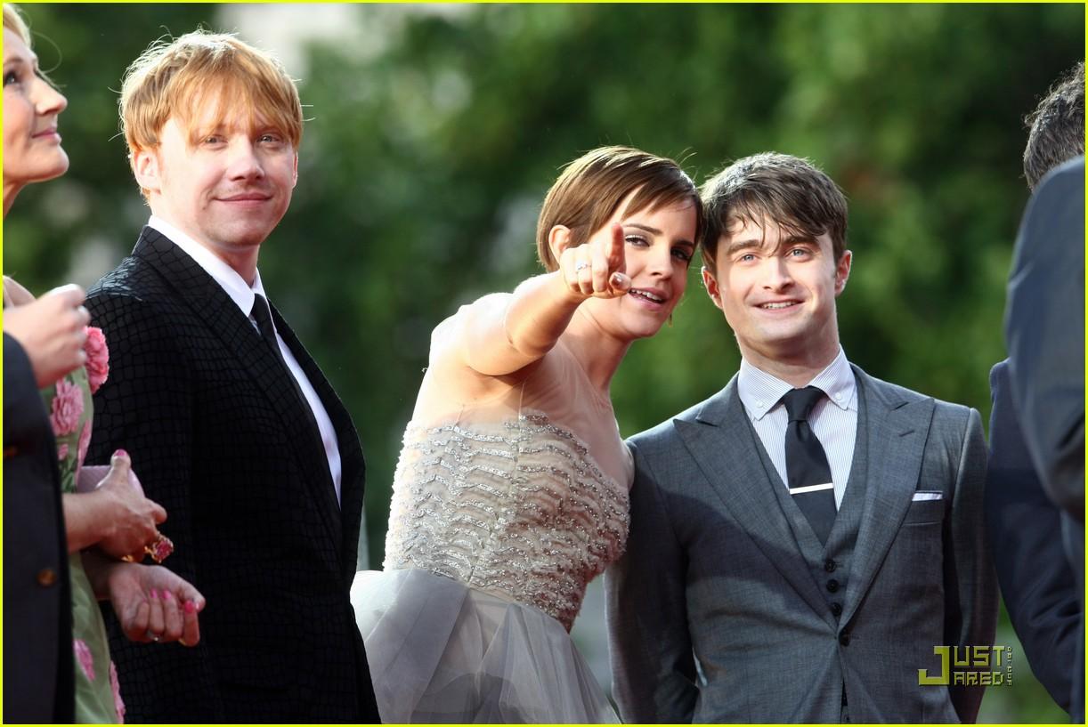 http://3.bp.blogspot.com/-txg2MT9HT0g/ThcF-vqNGLI/AAAAAAAAGc4/zb2Vq2CSMbU/s1600/Harry-Potter-Reliquias-2-09.jpg