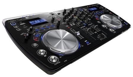 Pioneer XDJ-AERO WiFi-enabled DJ Controller