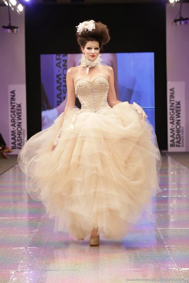 Baam 40 Argentina Fashion Week otoño invierno 2014. Verónica de la Canal vestidos otoño invierno 2014.