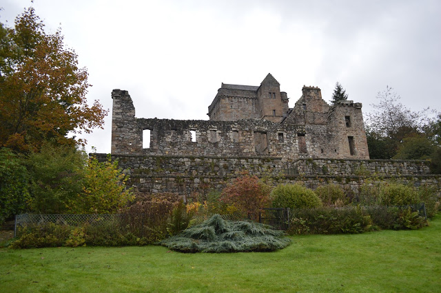 Dollar Glen. Castle Campbell