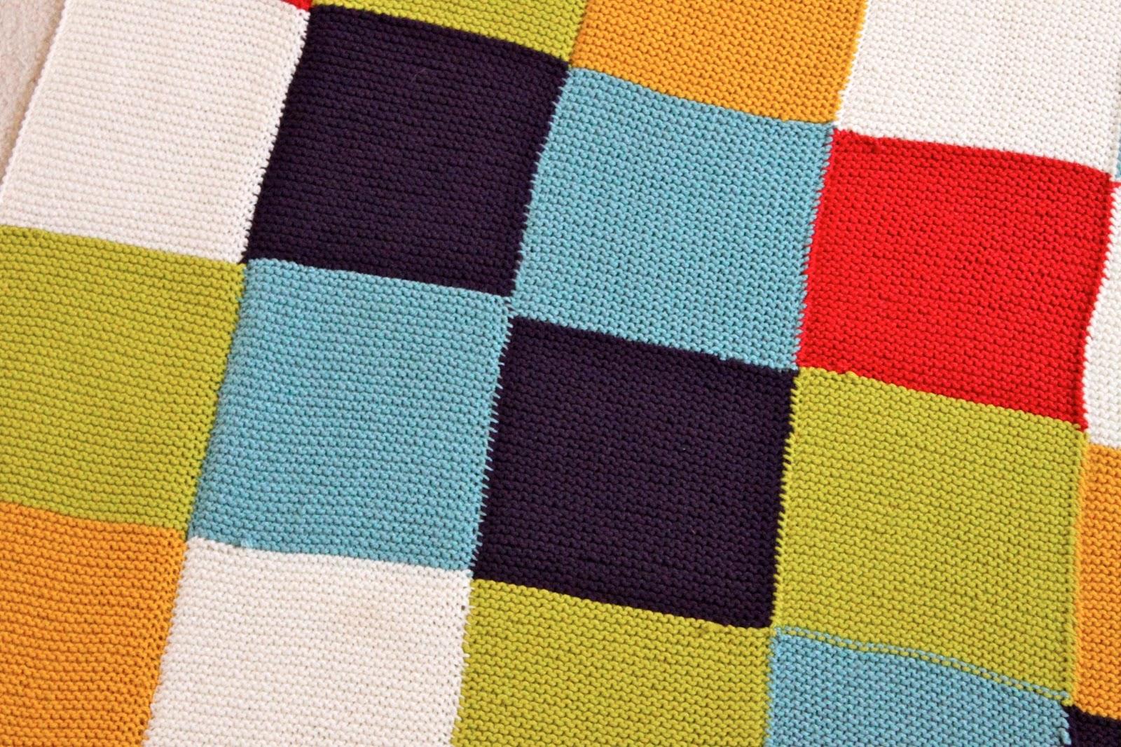 Checkered Knitting Pattern : adventuruss: a checkered knit blanket.