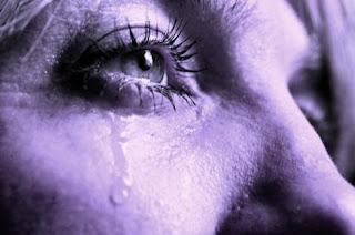 http://3.bp.blogspot.com/-ty-pPNcEtwI/TZ9AK6RRJeI/AAAAAAAAAYg/zgTBIPmTTjg/s1600/sad+quotes+about+life.jpg