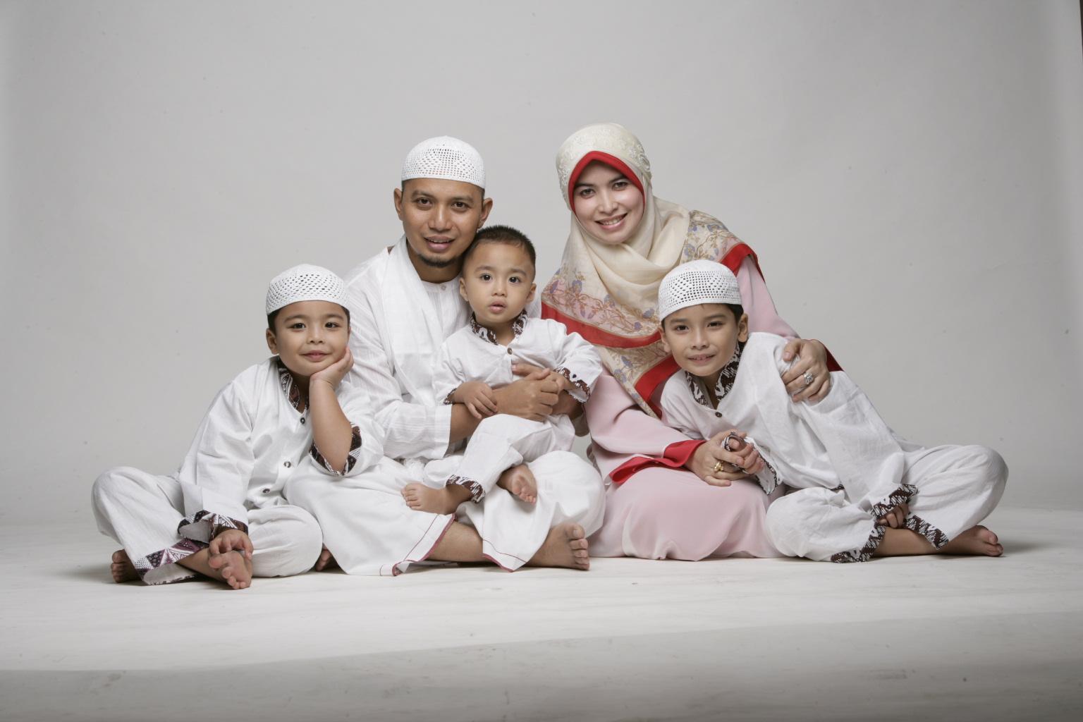 Kumpulan Ceramah Ustadz KH Muhammad Arifin Ilham