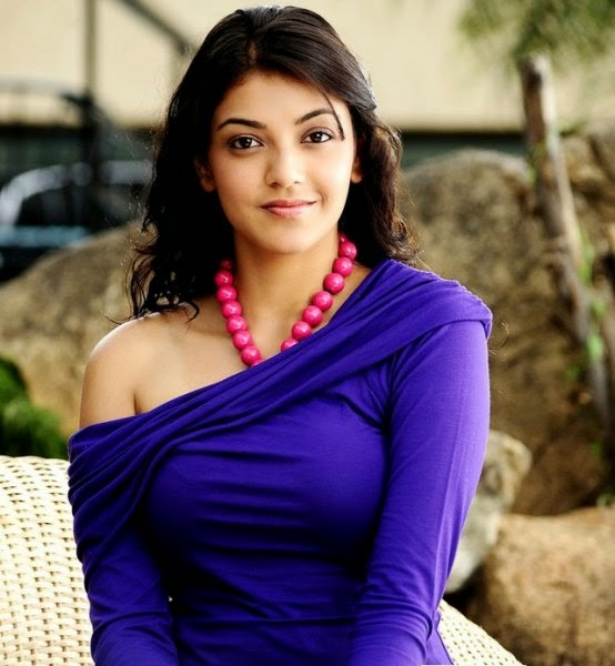 Kaal Agarwal exposing her hot tight bra in blue tight top hot pics in mini skirt hd pics