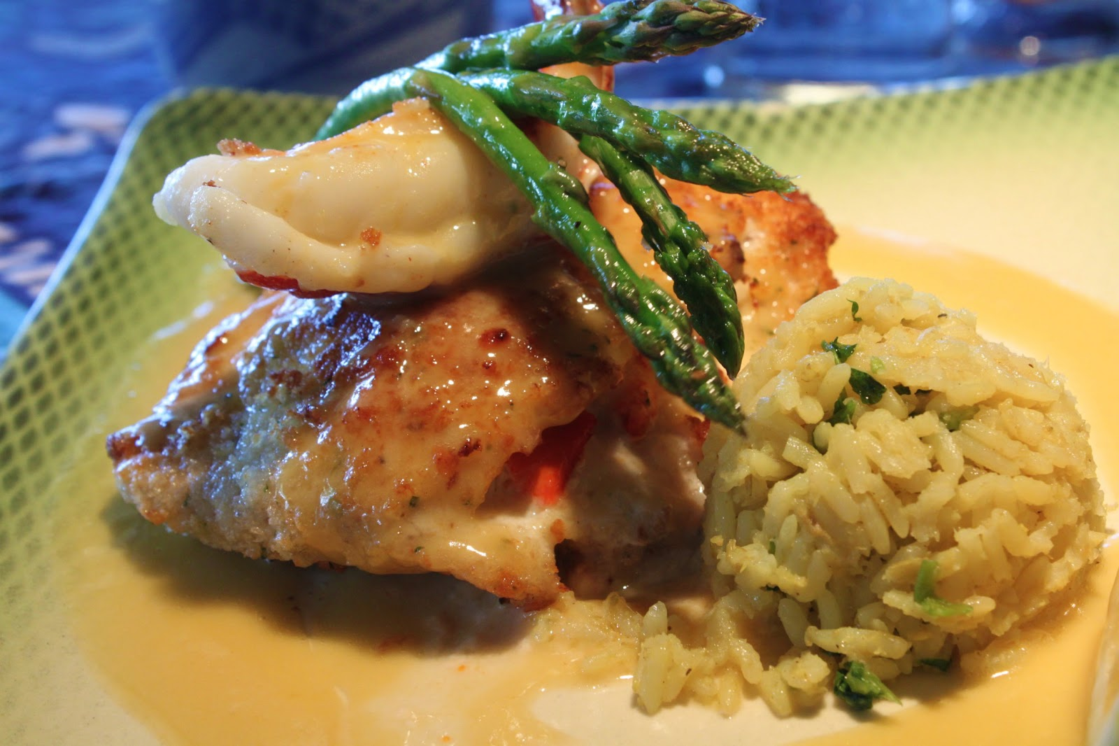 A feast for the eyes chilean sea bass with a pineapple for Mama s fish house