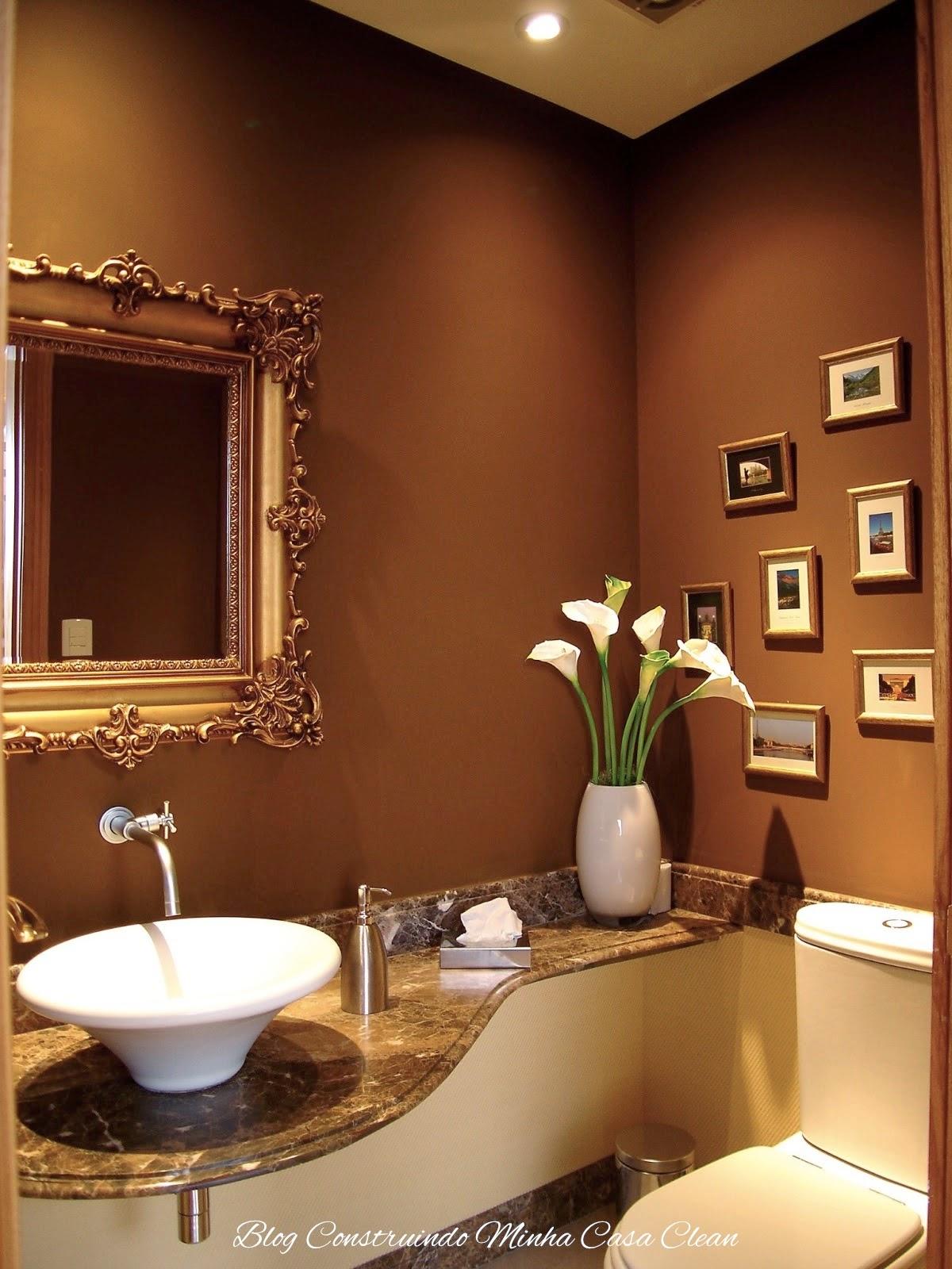 47  Paredes e bancada marrom! Espelho com moldura dourada! Quadrinhos  #A97222 1200x1600 Bancada Banheiro Vermelha