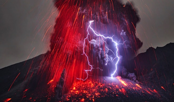 Gambar Animasi Petir Gunung Meletus Bergerak Wallpaper Kilat Dahsyat