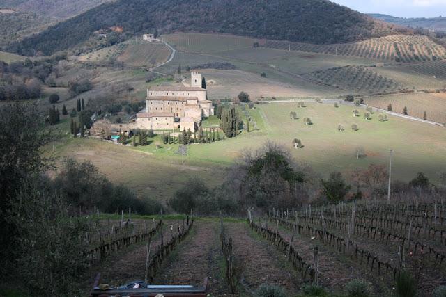 Vista su Abbazia Sant'Antimo