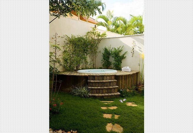 ofuro em jardim pequeno: em ter um pequeno ofurô aqui em casa olha quanta imagem linda