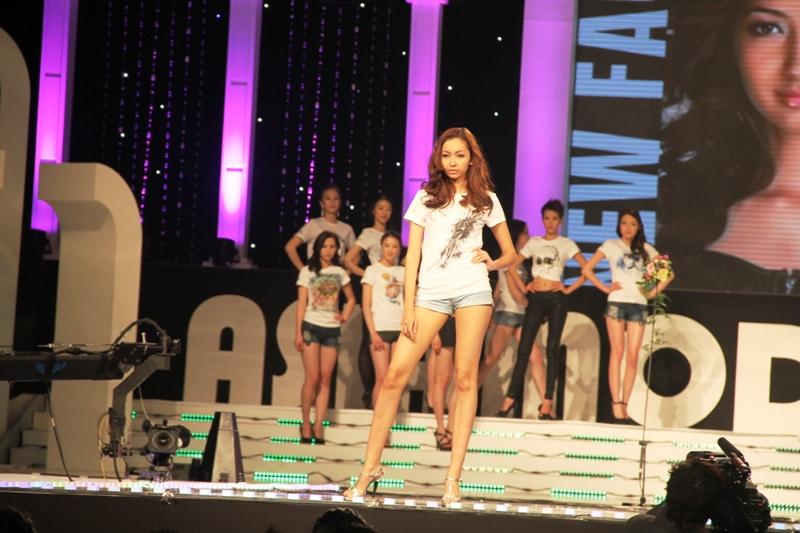 New+Face+Model+(Malaysia)+ +Wafa+Johanna+de+Korte+02 Wafa Johanna de Corte Kacukan Melayu Belanda Yang Hot