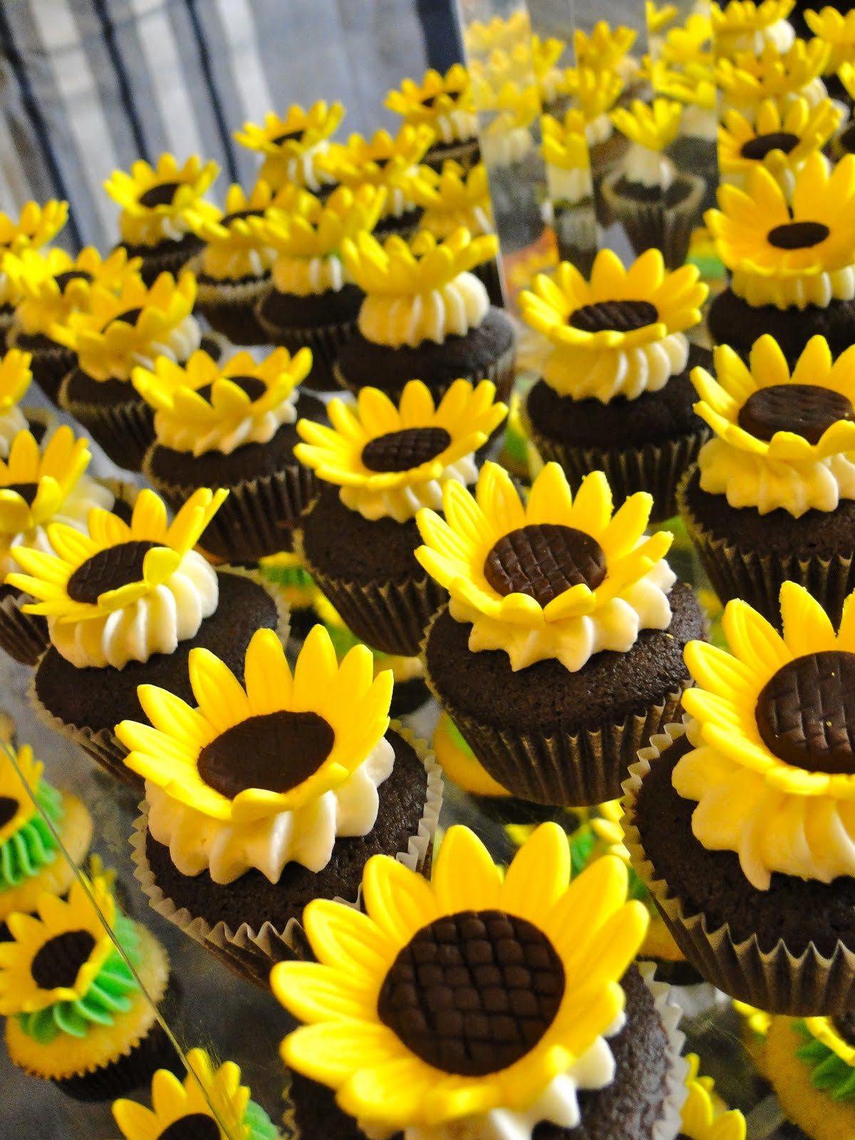 Beautiful Bridal Sunflower Wedding Cupcakes