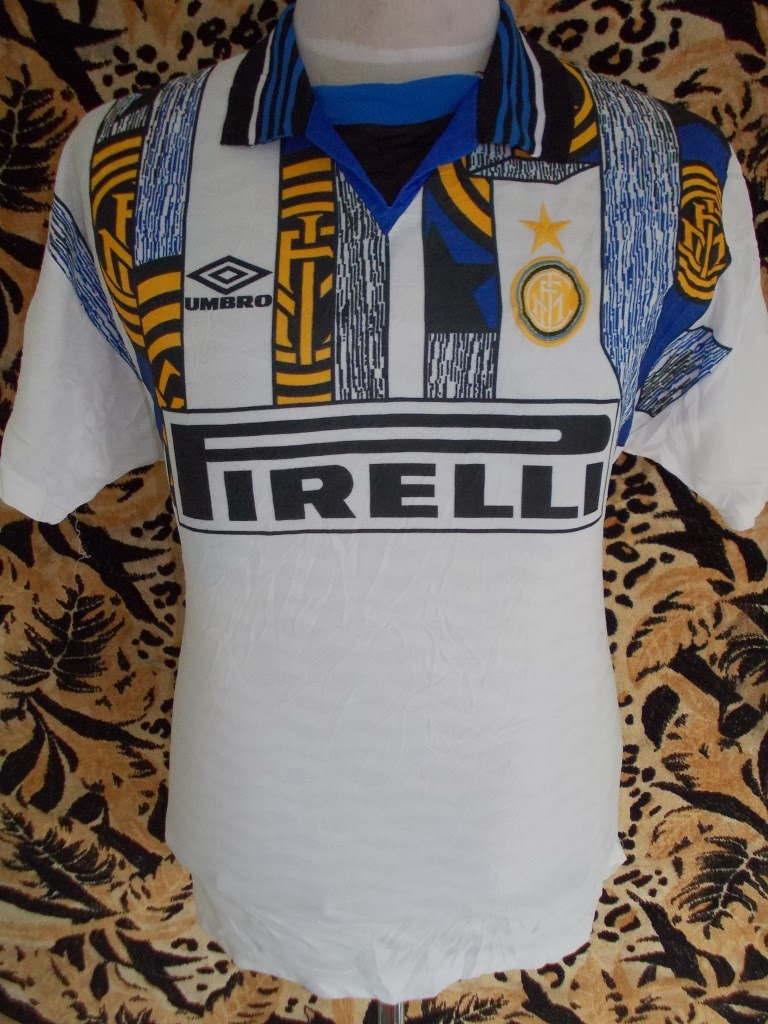 VTG INTERMILAN 1995-1997 JERSEY--SIZE M--PRICE RM 98--BUNDLE ITEM