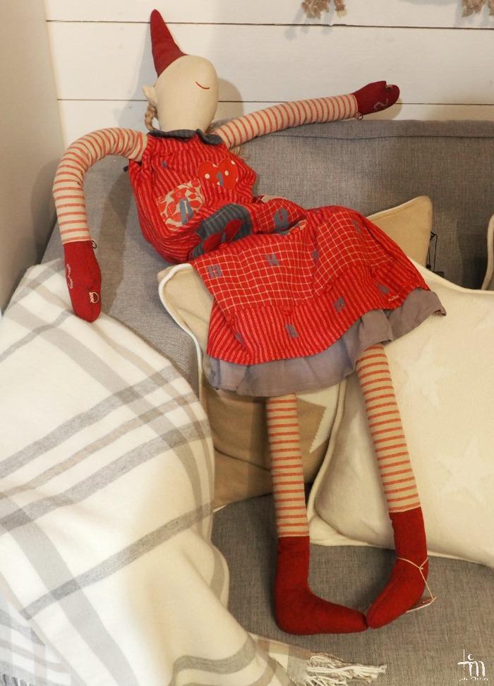 joulumuori sohvannurkalla