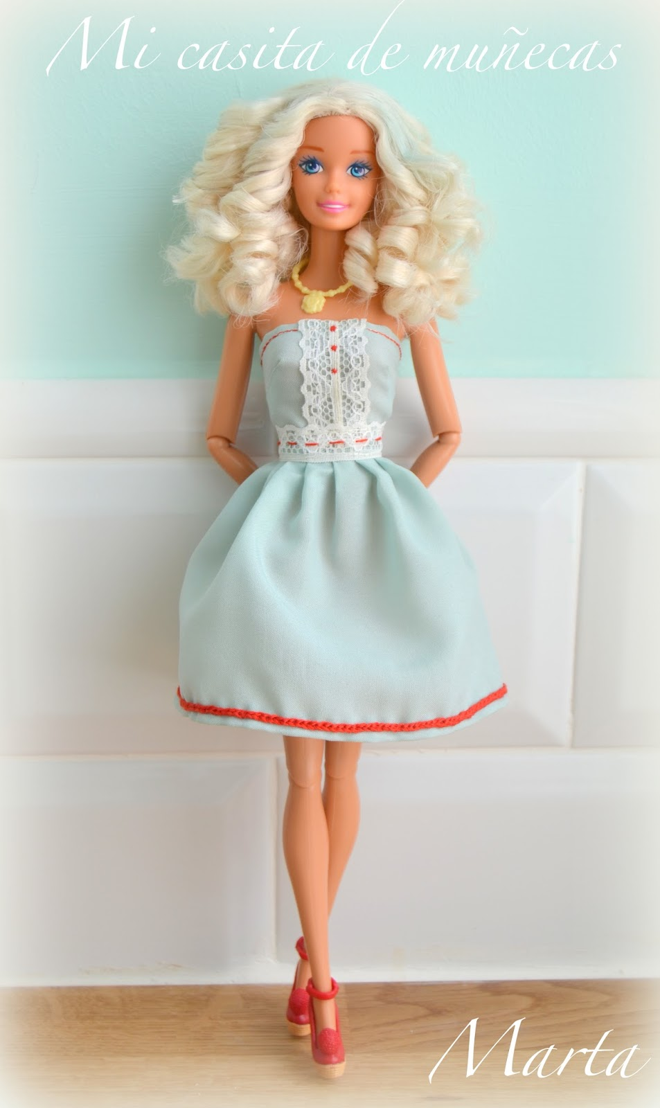 Barbie pelo rizado. Blog Mi casita de Muñecas