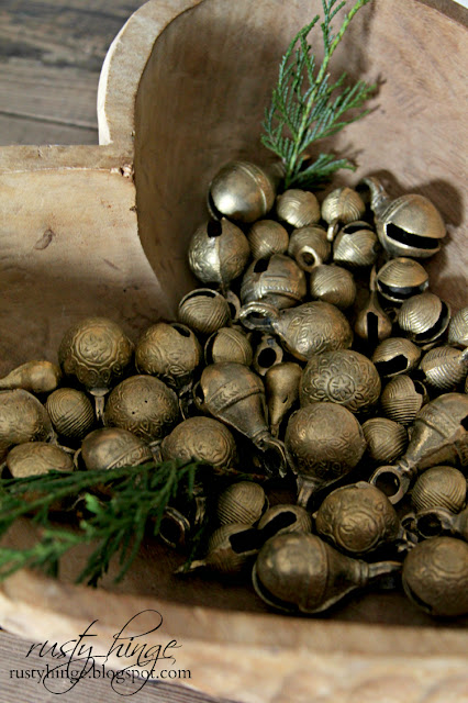 Collection of vintage sleigh bells
