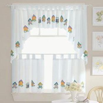 Decoraciones y hogar cortinas decorativas para cocina for Decoracion de cortinas para cocina