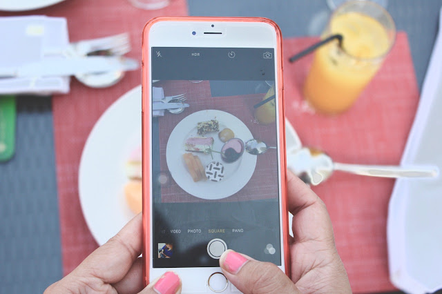 what food bloggers do