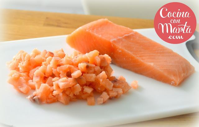 hamburguesas de salmón, salmon, receta casera, fácil, rápida, sana, ligera, burgers salmon, cocina con marta