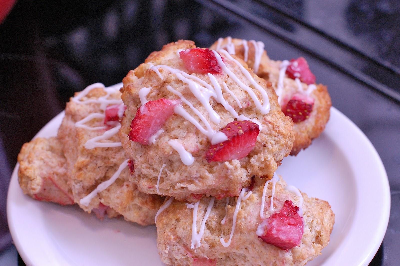In Michelle's Kitchen: Fresh Strawberry Scones