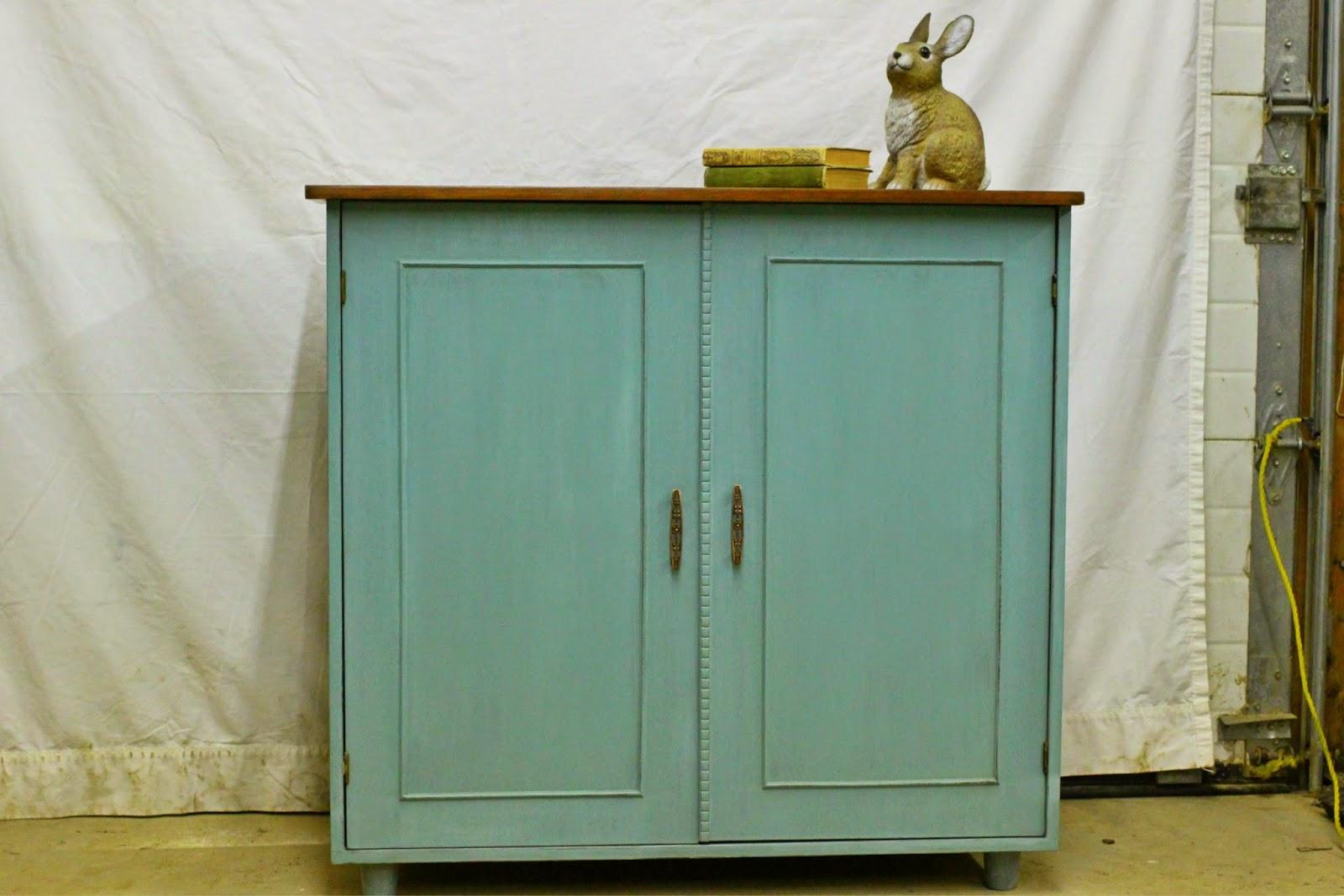 Http://www.kijiji.ca/v Hutch Display Cabinet/hamilton/turquoise Storage  Cabinet/582131398