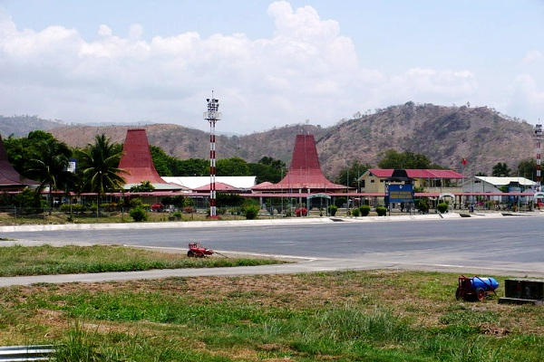 Bandara Internasional Presidente Nicolau Lobato, Dilli, Timor Leste. ZonaAero