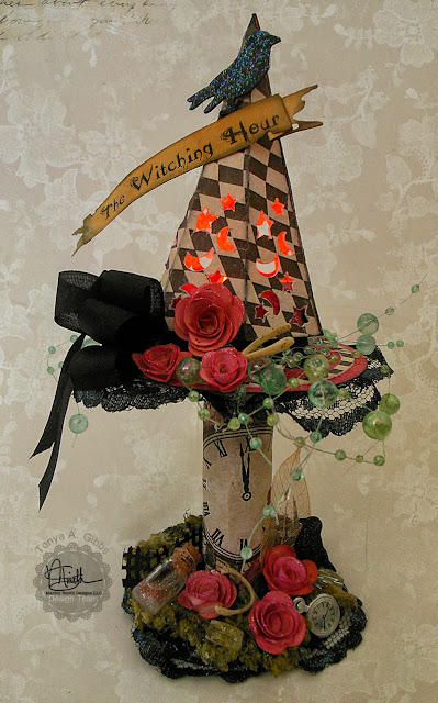 Halloween Altered Spool Home Decor  by Tonya A. Gibbs for Marion Smith Designs.  #MarionSmithDesigns #MadTeaParty #TimHoltz #AlteredArt #Halloween #HomeDecor #TonyaGibbs #Psychomomscrapbooks