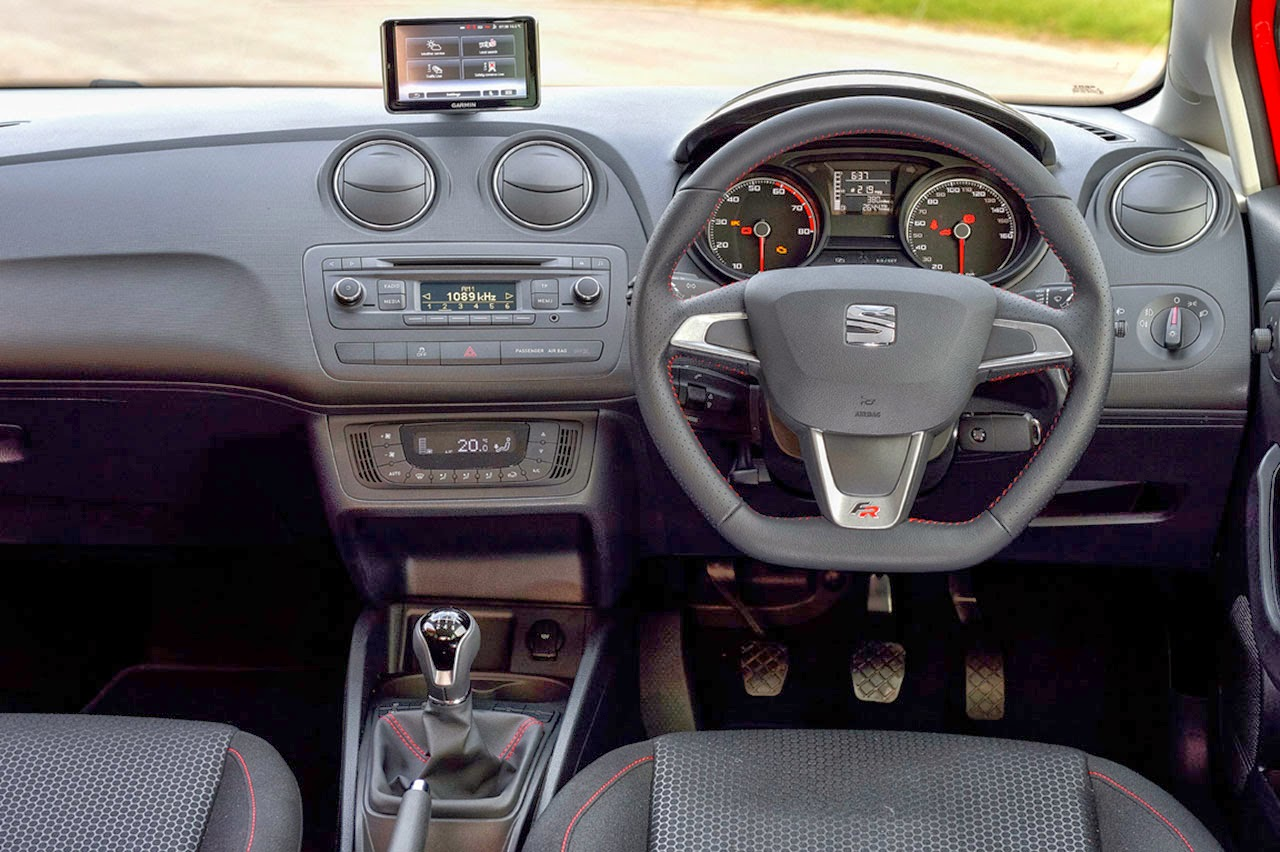 Seat Ibiza FR Edition dash