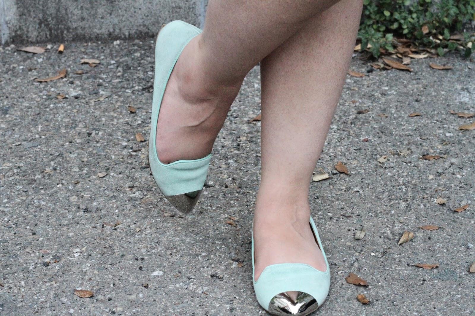 Mint Dolce Vita Flats