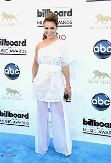 Alyssa Milano Pictures in One Shoulder Dress at 2013 Billboard Music Awards 0003