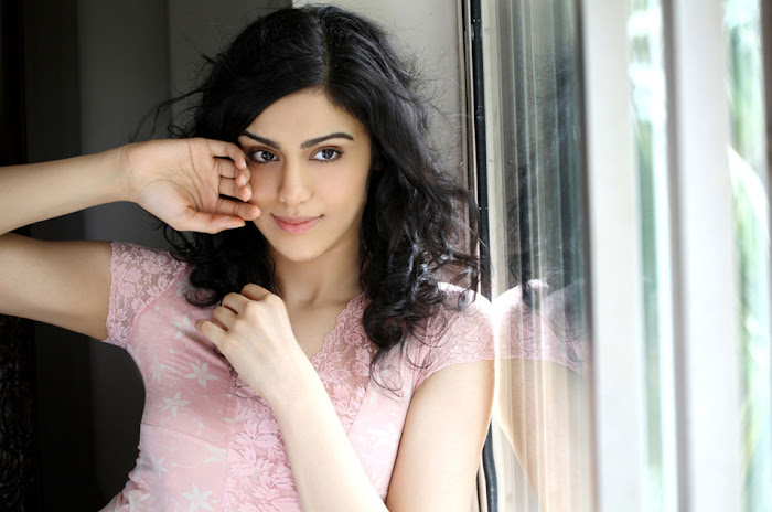 adah sharma glamour  images