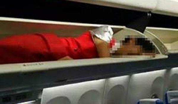 Pramugari 'berkurung' dalam ruang bagasi jadi viral di laman sosial