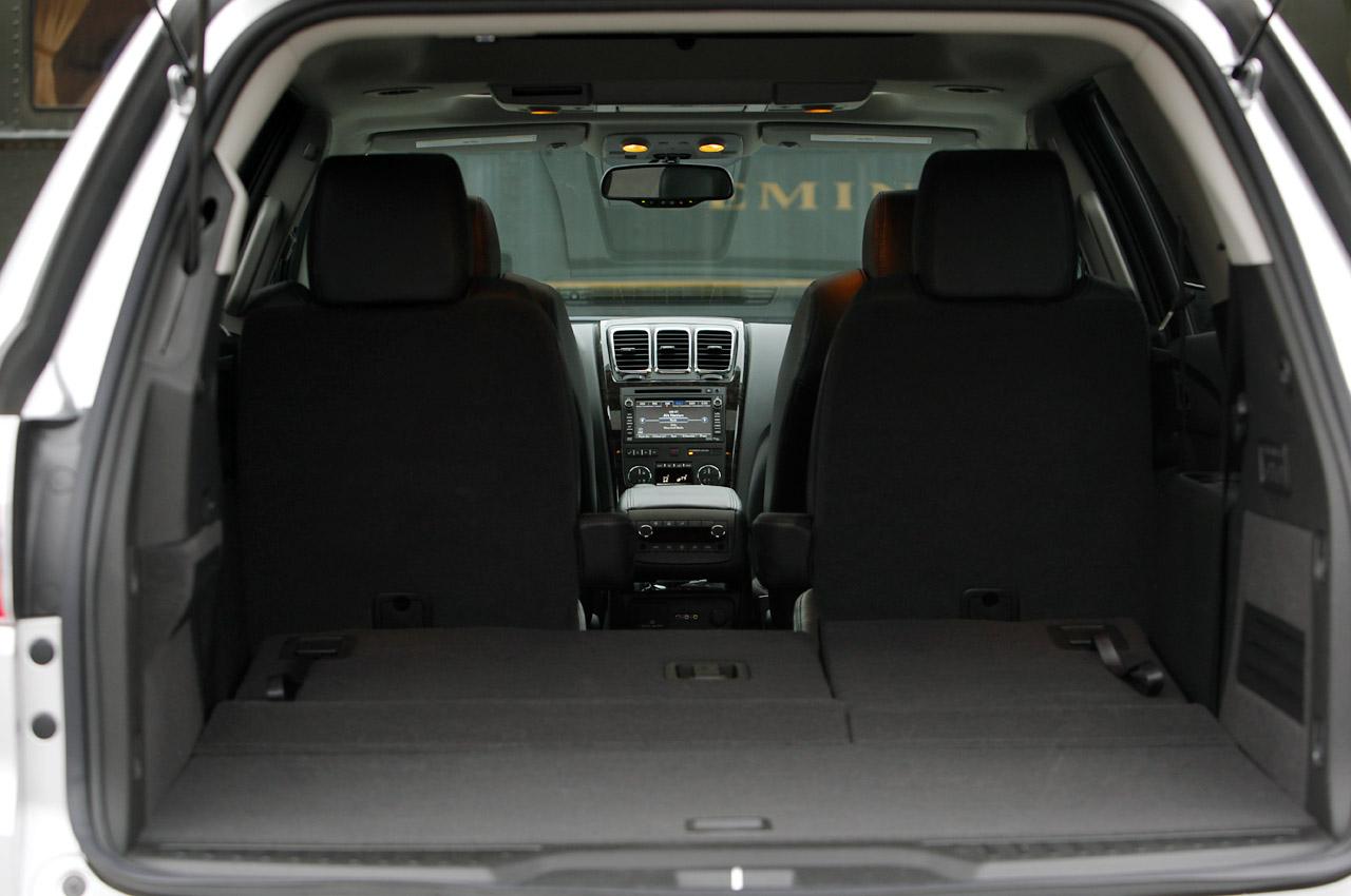 2011 GMC ACADIA DENALI SEAT DESIGN
