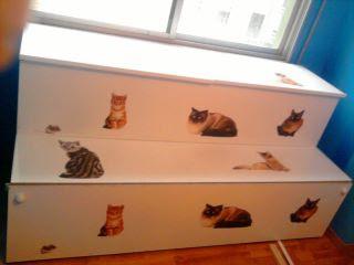Gatos felices casa ordenada y los areneros escondidos for Mueble arenero para gatos