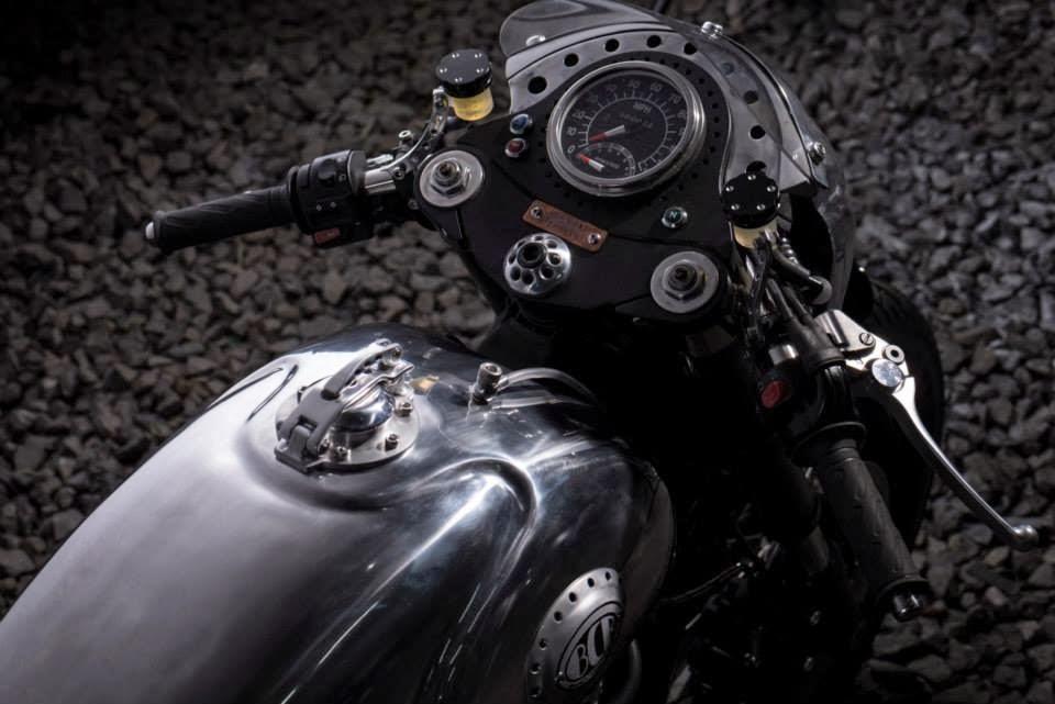 Triumph Thruxton Steampunk Racer