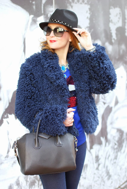 faux fur jacket, Givenchy Antigona bag, Fashion and Cookies, fashion blogger