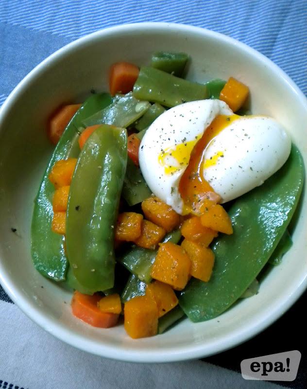 Desayuno de domingo ensalada templada con tirabeques y - Cocinar calabaza frita ...