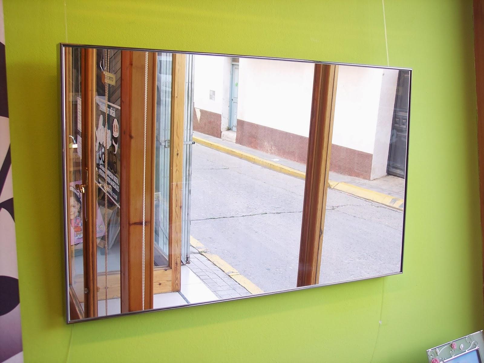 Mis cuadros como colgar un espejo for Como colgar un espejo en la pared