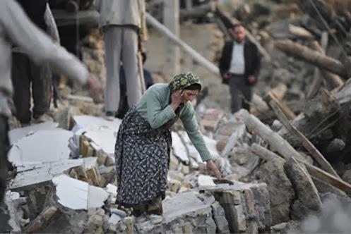 [Imagem: ira_terremoto_mulher+2014.jpg]