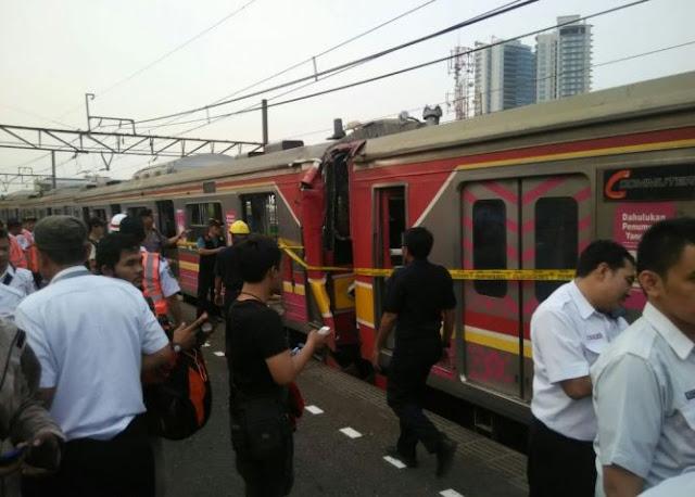 DPR Minta KNKT Selediki Tabrakan KRL di Stasiun Juanda