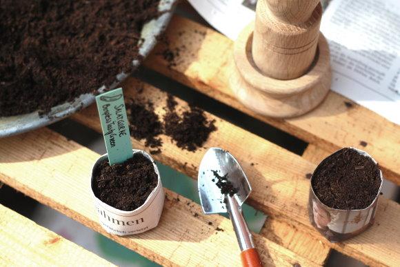 Gartenzeit mit selbstgemachten Papiertöpfen