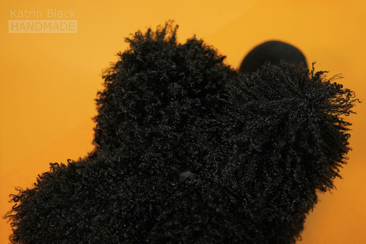 Игрушка Овечка-подушка из меха и флиса. Сшить своими руками.