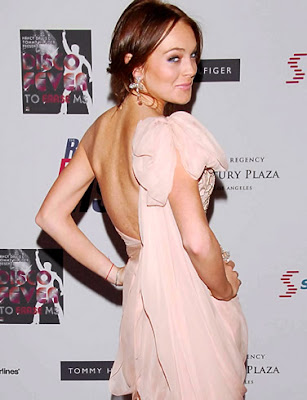 American Actress Lindsay Lohan Wallpaper-800x600