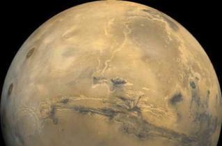 火星新坑洞